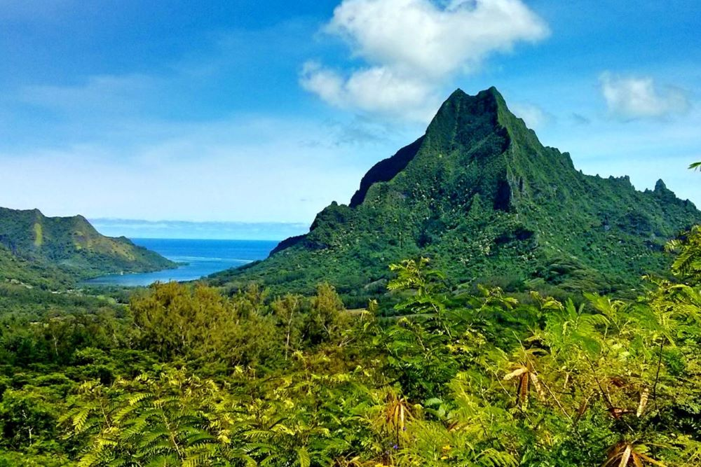 Viajar por Polinesia-montana-magica