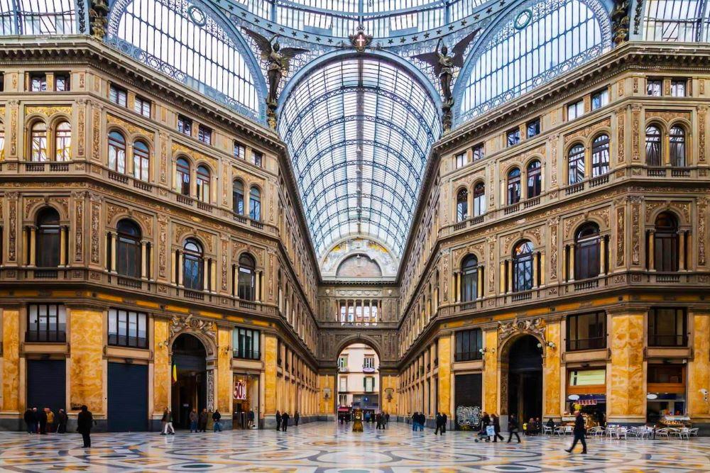 Viajar a Italia-napoles