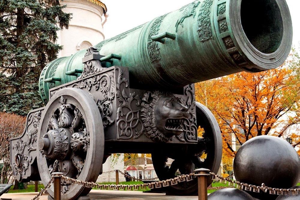 Viajar a Rusia-kremlin-el-canon-del-zar
