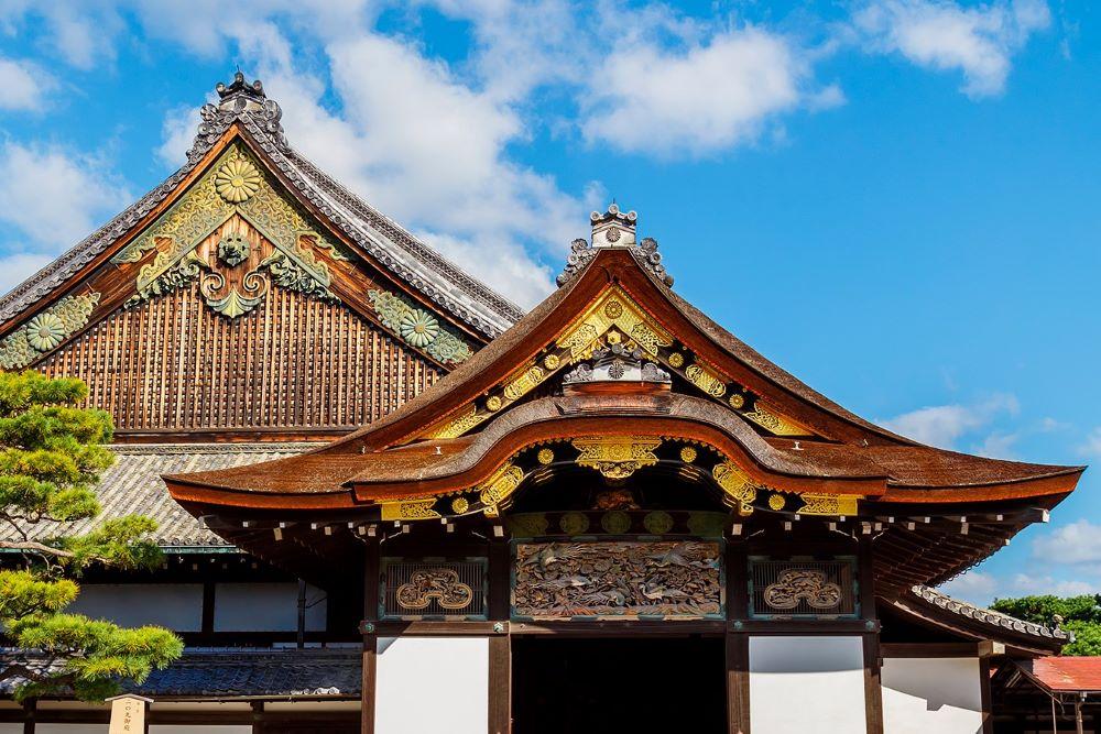 Viajar por japon-osaka-castillo-medieval