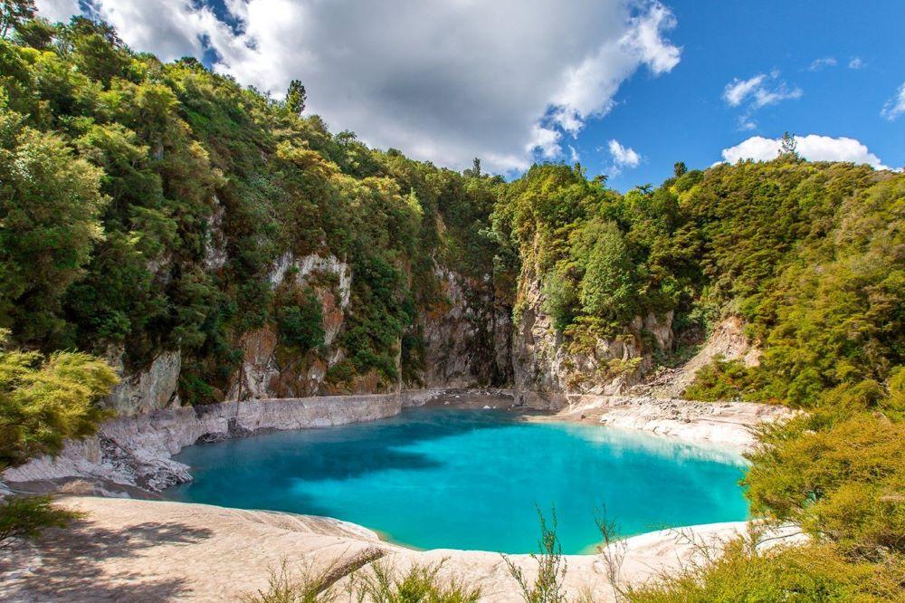 Viajar a Nueva Zelanda-valle-volcanico-waimangu