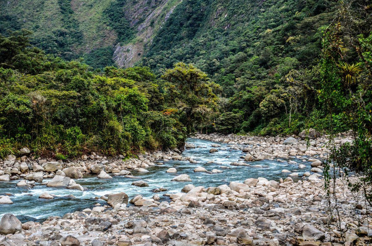 Viajar a Perú-rio_urubamba