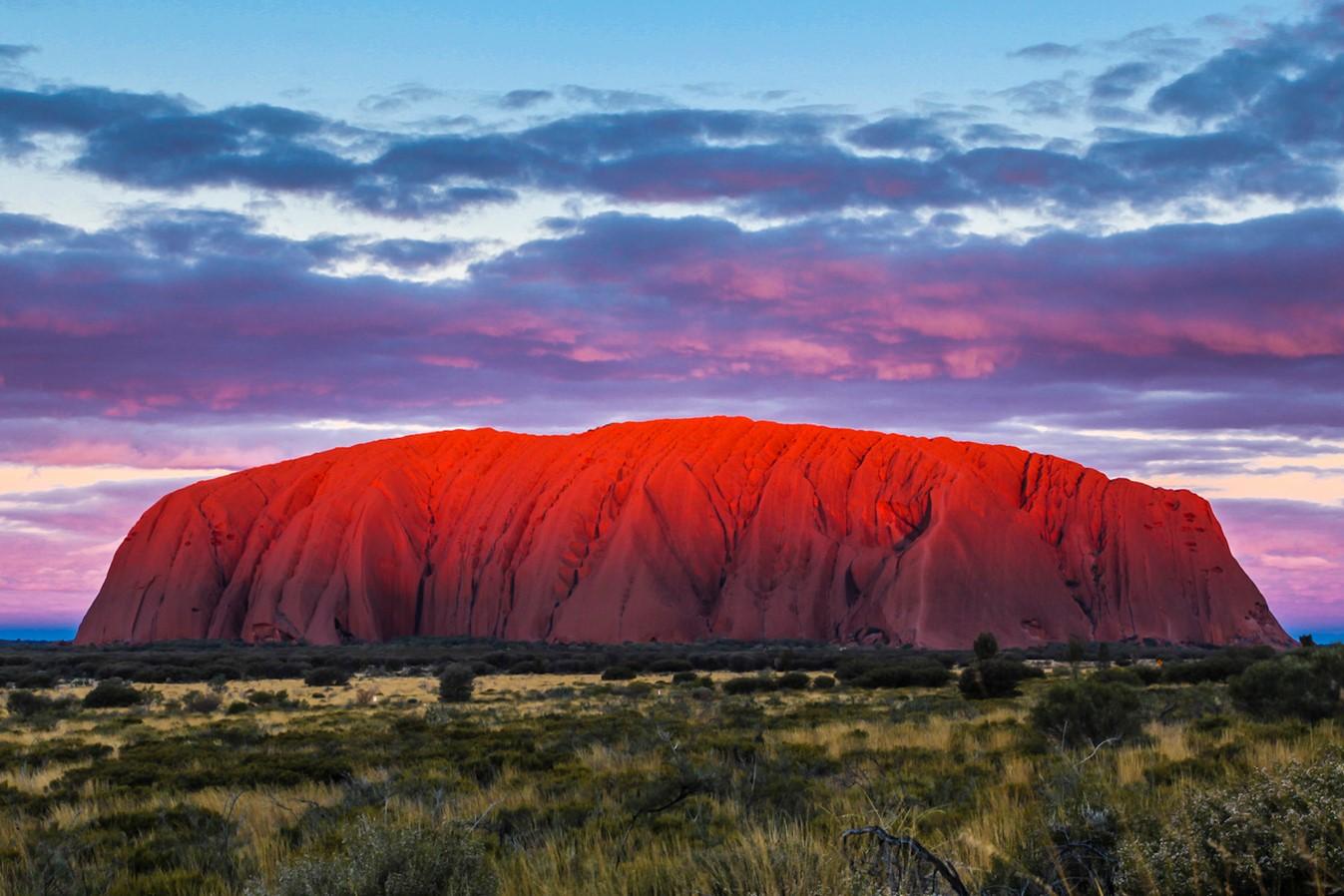 Viajar a Australia-puesta-sol-uluru