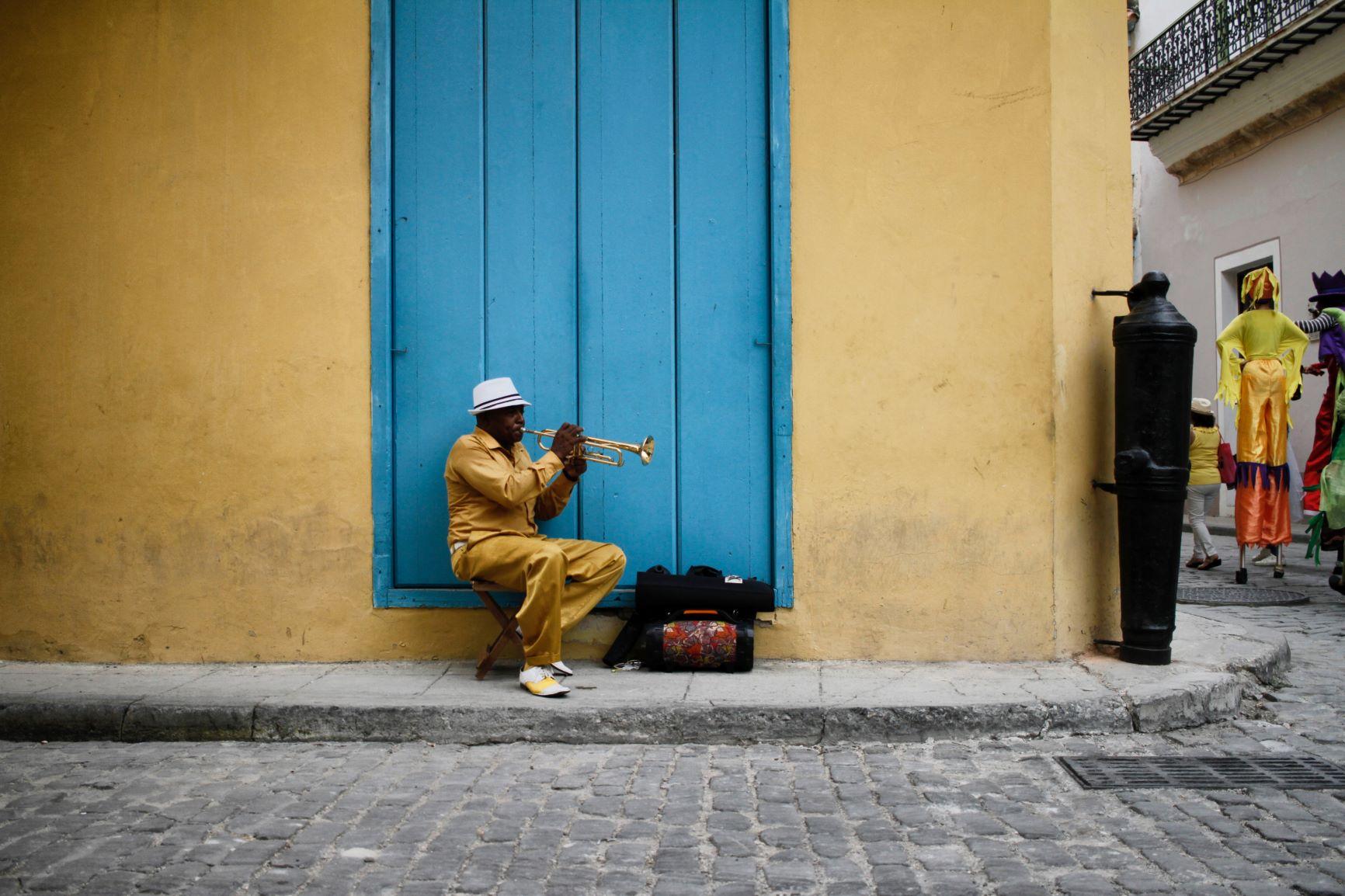 Viaje Cuba-musico_cubano