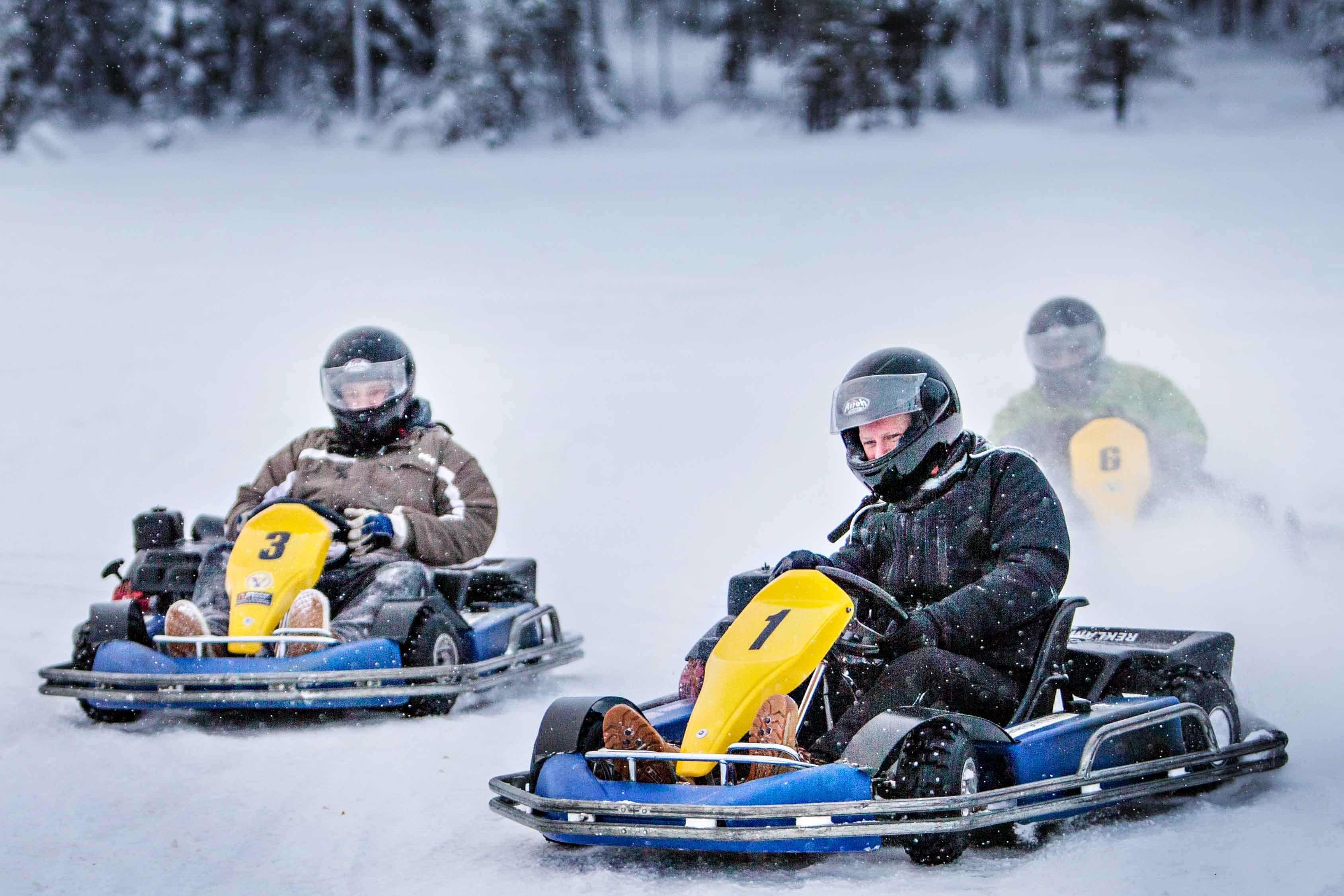 Ruka. En familia a Laponia.NUBA everywhere. Karting