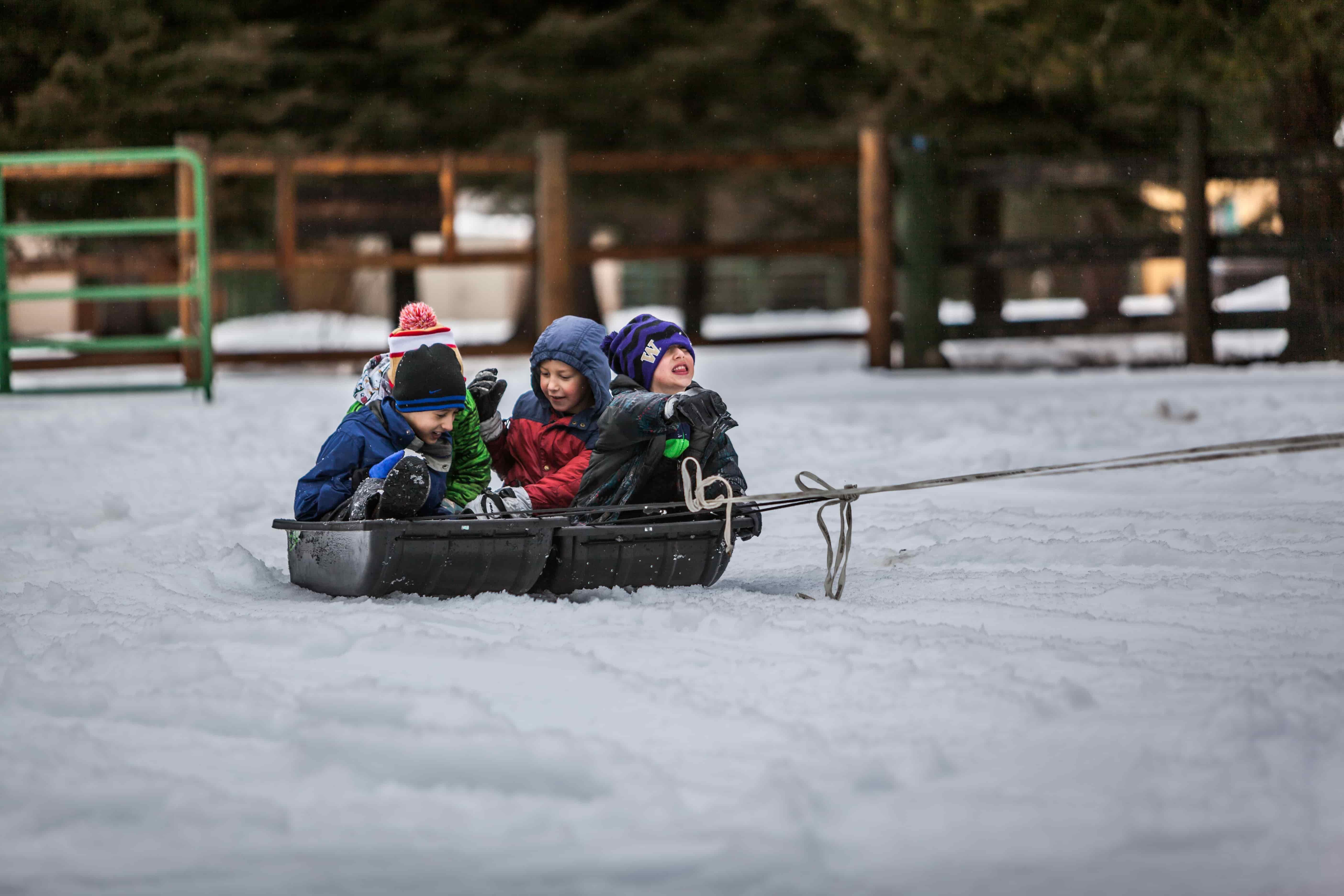 Ruka. En familia a Laponia.NUBA everywhere. Niños jugando