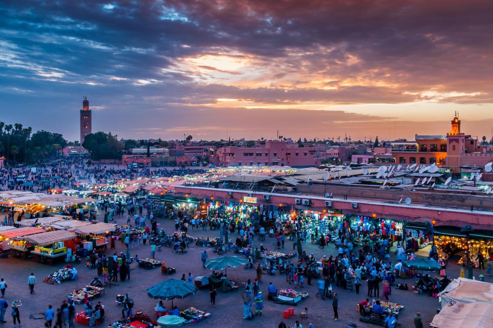 Marrakech. Lujo gastronómico. Nuba everywhere. Plaza