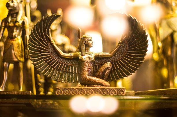 Tierra de faraones. Egipto. NUBA everywhere. Dios egipcia