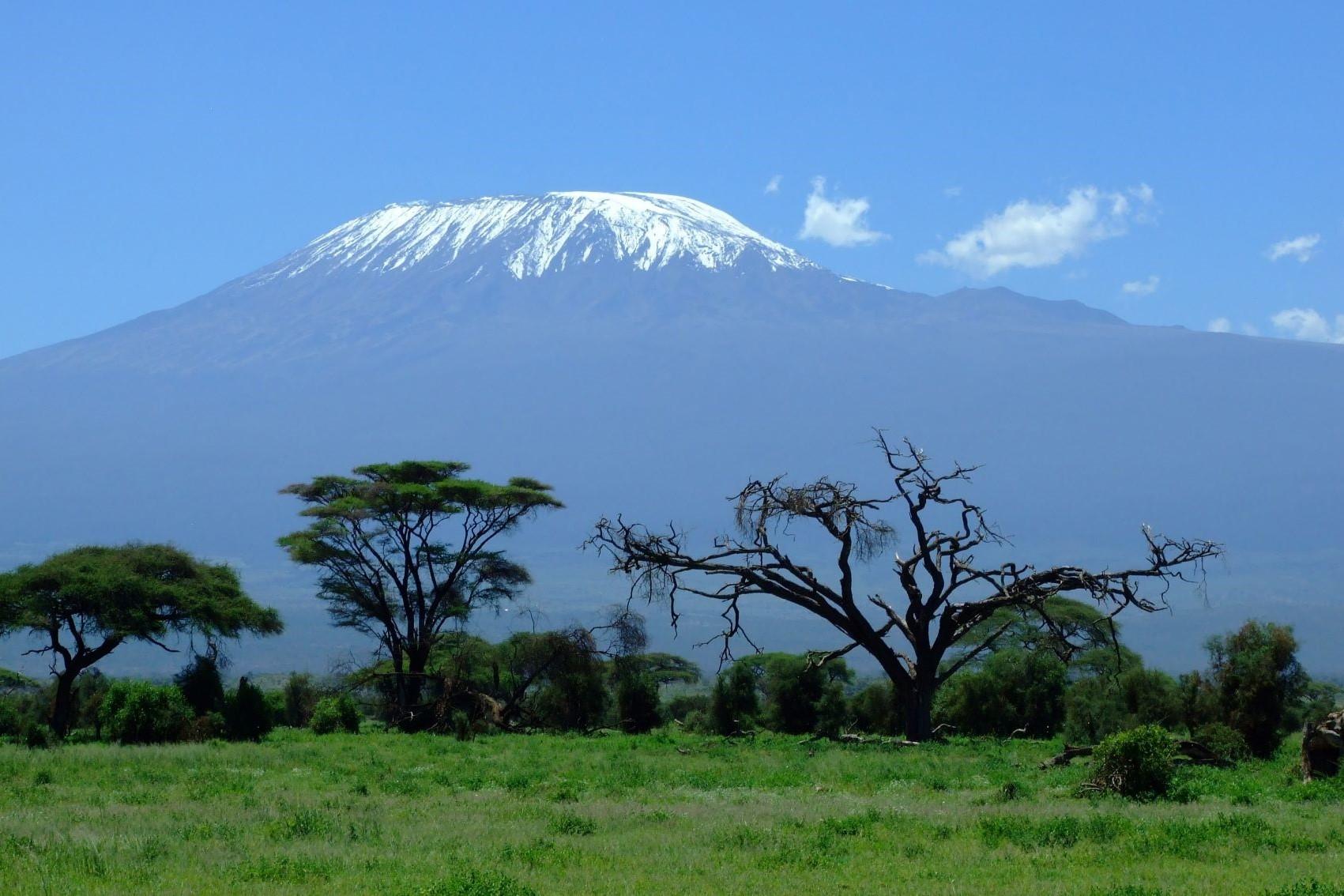 El corazón de África. Tanzania. NUBA everywhere. Kilimanjaro