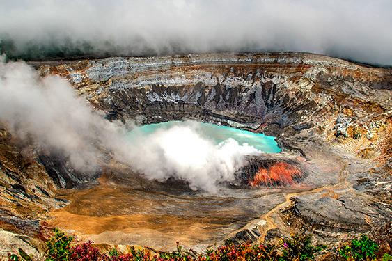 Costa Rica. En busca de las mariposas. NUBA everywhere. Volcán Arenal