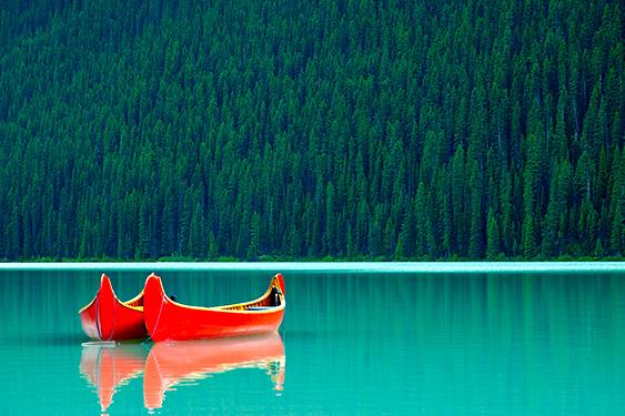 Canadá Challenge. El viaje de los retos. NUBA everywhere. Parque Omega barcas