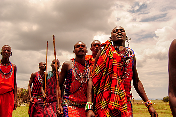 Kenia. Visita a la tribu Masai. NUBA everywhere. Hombres masai