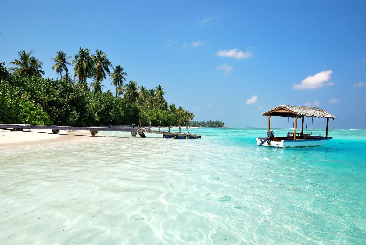 calma y playa en maldivas