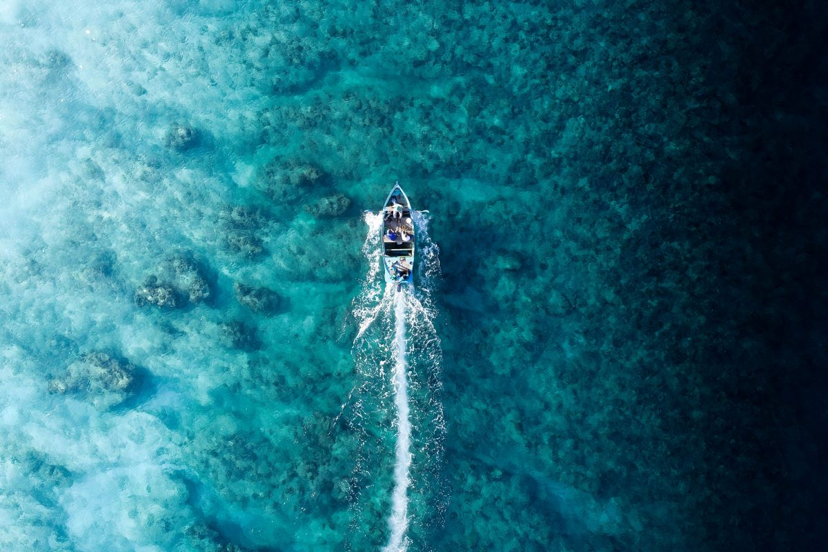 navegar en maldivas