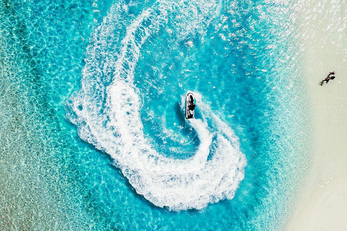 moto nautica en maldivas