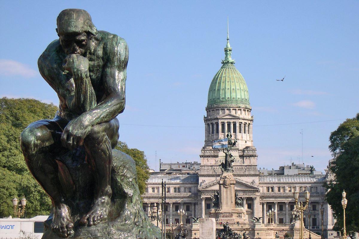 Viajar a Argentina-plaza-congreso-pensador-rodin