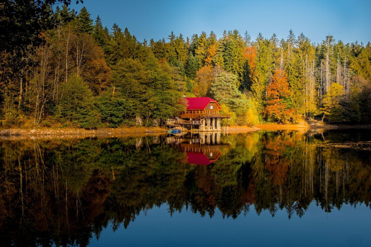 Viajar a Rumania-lago_rojo