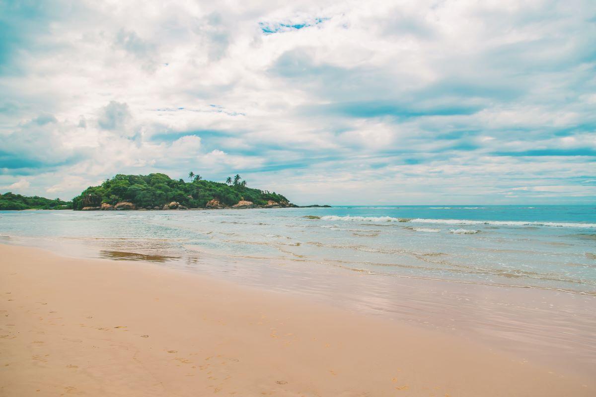 Viajar a Sri Lanka-playa-de-bentota