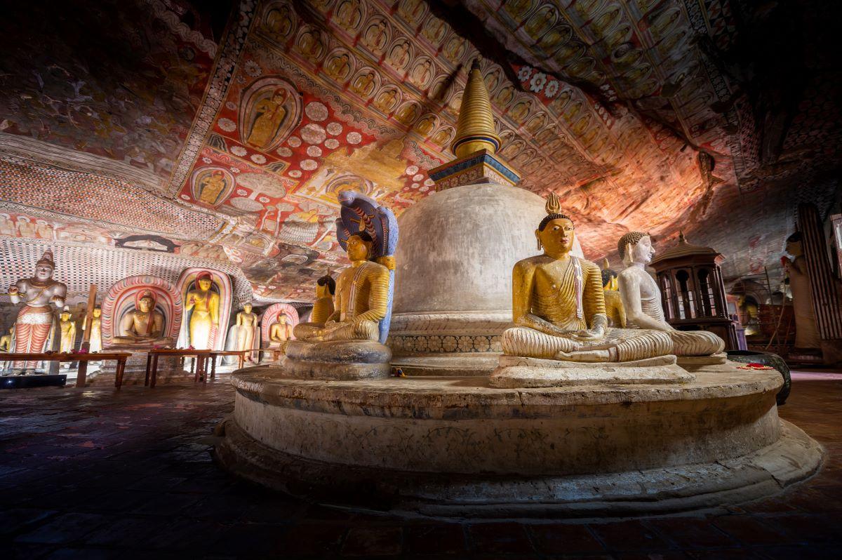 Viajar a Sri Lanka-templo-cueva-dambulla