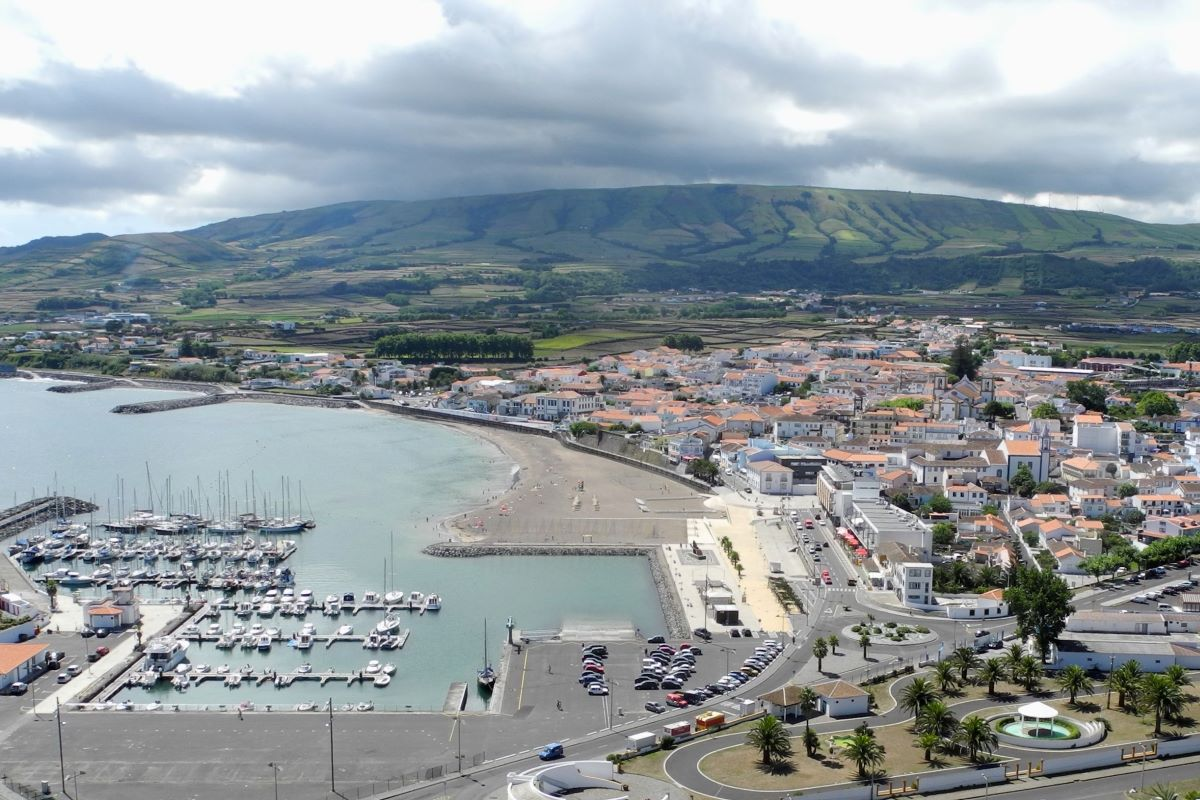 Viajar en familia-Azores-praia_da_vitoria