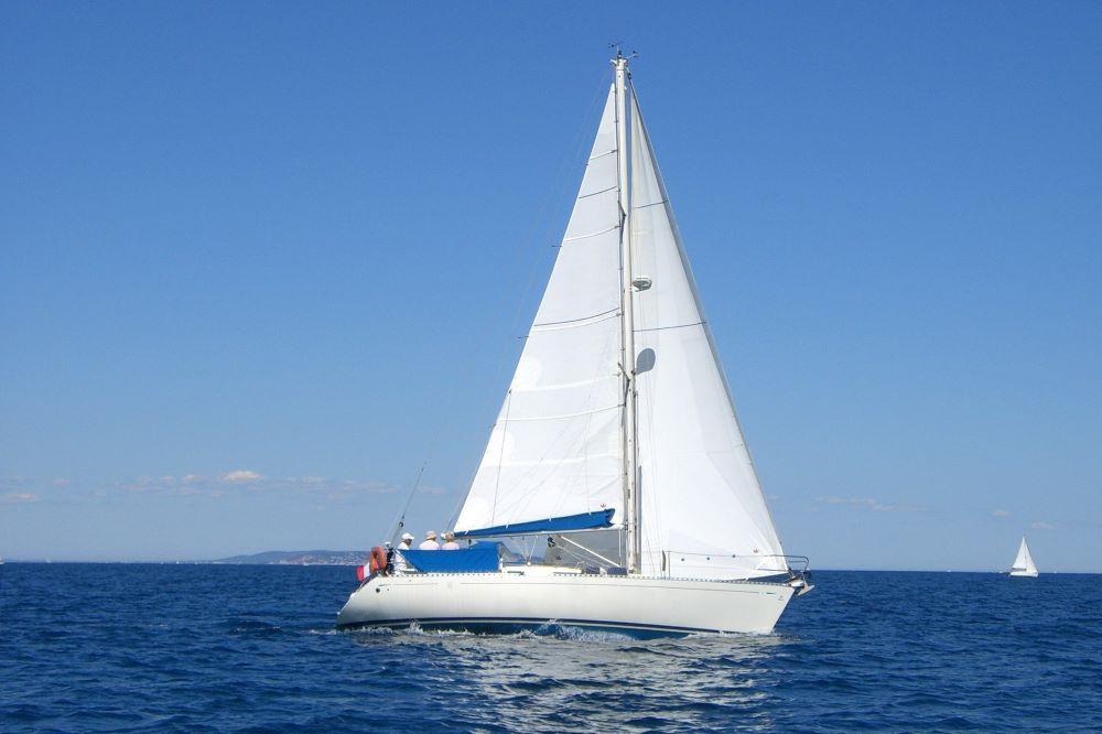 Viajar por España -tenerife-barco-vela